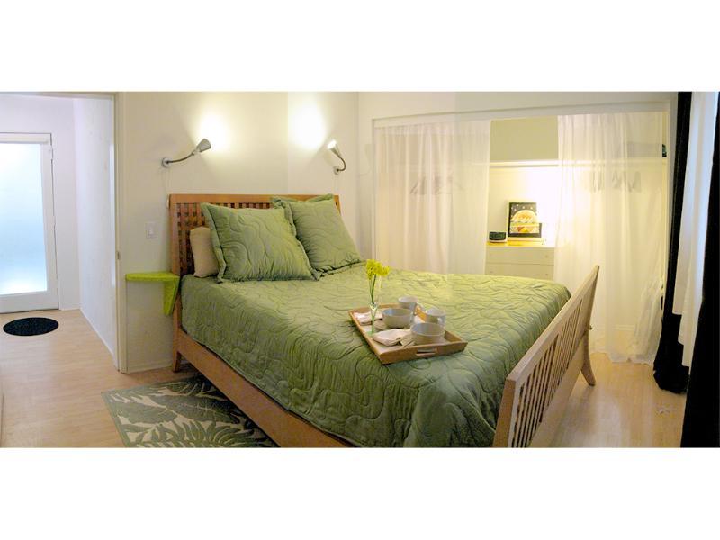 Comfy bedroom with queen pillow-top bed - Quiet Garden Oasis, Steps to Sand! - Los Angeles - rentals