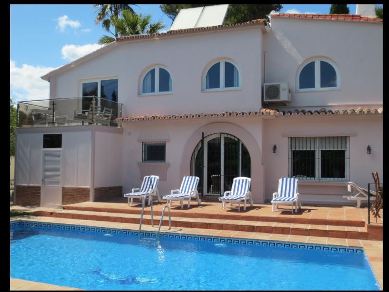 New glass balcony from garden - Lovely 4 bed Villa close to Puerto Banus - Marbella - rentals