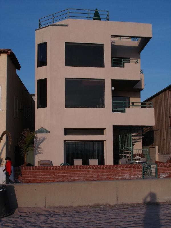 Front of House from Beach - Beautiful Oceanfront Home with full Bachelor Unit - Hermosa Beach - rentals
