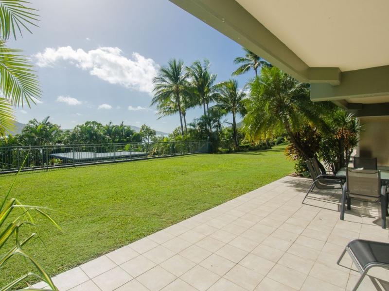 Patio View - Hibiscus 005 - Hamilton Island - rentals
