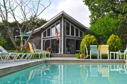 KATAMA CONTEMPORARY WITH POOL AND LARGE PRIVATE YARD - KAT RTEL-04 - Image 1 - World - rentals