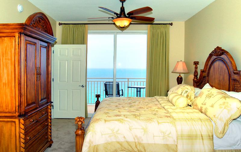 Panama City Beach Splash oceanfront master bedroom - Splash Luxury Oceanfront Condo w/ Master on Gulf! - Panama City Beach - rentals