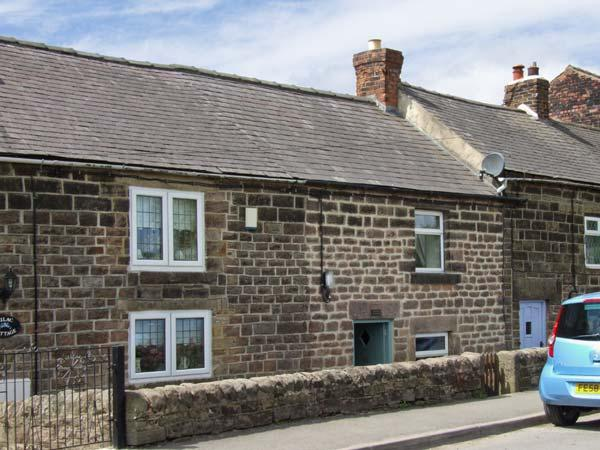 JOSEPH'S COTTAGE, character holiday cottage, woodburner, garden in Crich, Ref - Image 1 - Crich - rentals