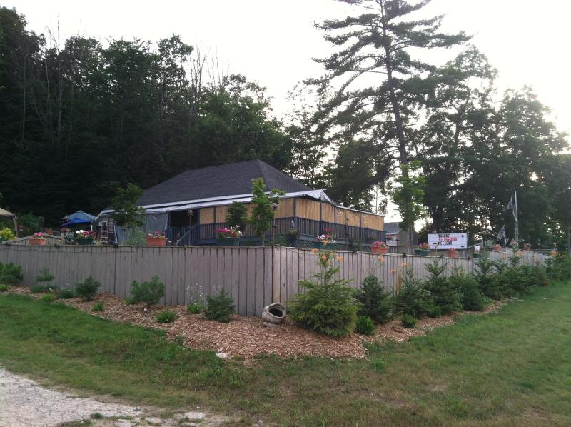 main house from road - Mountainside sleeps 10 between Boyne Mountain City - Boyne City - rentals
