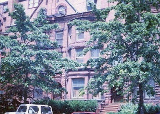 Front Entrance - Exquisite Back Bay condo, one block from Kenmore Square! - Boston - rentals