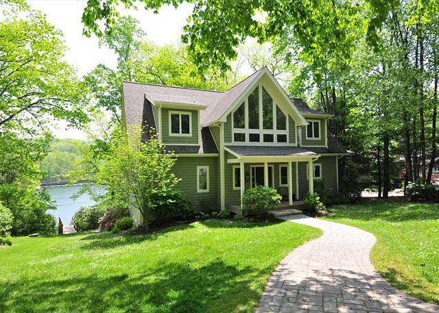 Front of House - Wynsome Run Lodge - Oakland - rentals