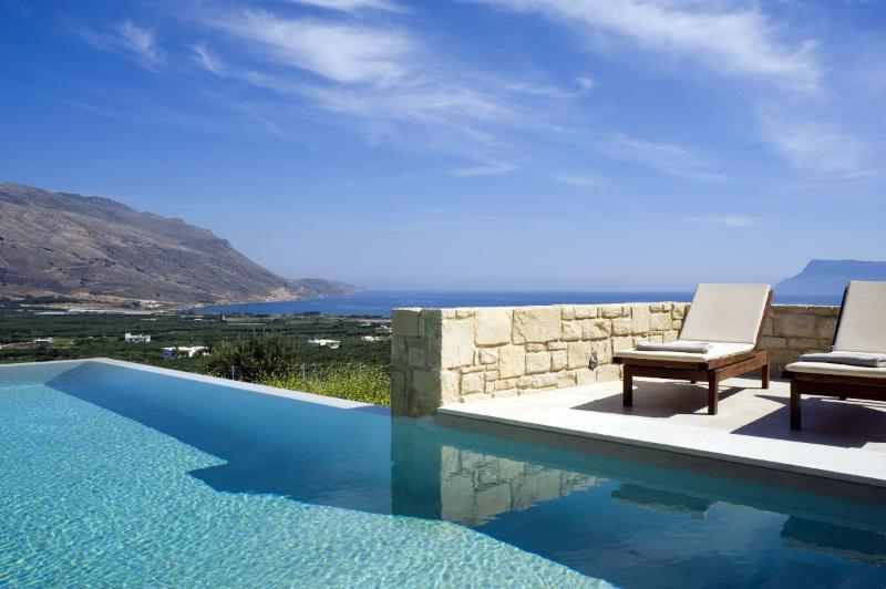 Villa Oneiro, luxurious lifestyle at Its best - Image 1 - Trachilos - rentals
