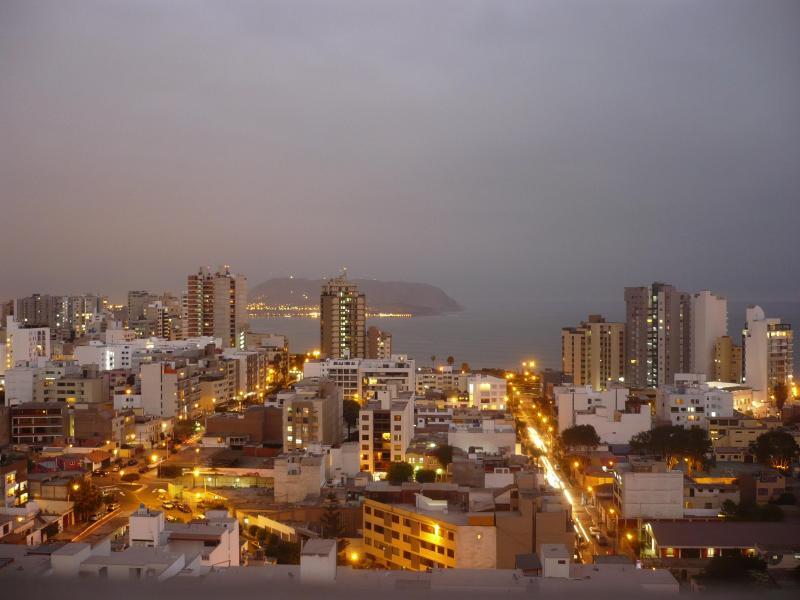 Luxury 3 bdrm apt, spectacular City & Ocean views - Image 1 - Lima - rentals