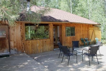 Camp Sherman vacation cabin back deck - Camp Sherman One Bedroom Cabin Near Metolius River - Sisters - rentals