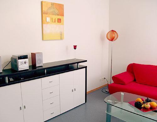 Vacation Apartment in Konstanz - 409 sqft, beautiful, modern, quiet, central (# 1410) #1410 - Vacation Apartment in Konstanz - 409 sqft, beautiful, modern, quiet, central (# 1410) - Konstanz - rentals