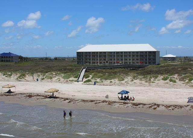 2 bedroom 2 bath beachfront condo at FABULOUS Grand Carribean! - Image 1 - Port Aransas - rentals
