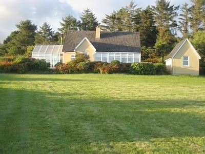 View from garden of house front - Picturesque cottage with views of Beara Peninsula - Castletownbere - rentals
