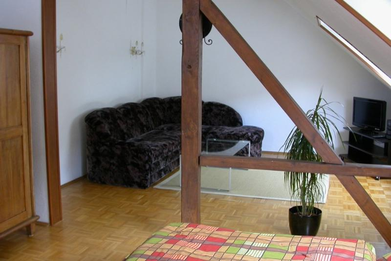 Vacation Apartment in Duisburg - 646 sqft, tastefully furnished, quiet location (# 2232) #2232 - Vacation Apartment in Duisburg - 646 sqft, tastefully furnished, quiet location (# 2232) - Duisburg - rentals
