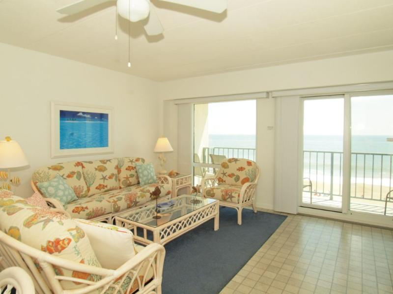 Living room with your beach & ocean views - Direct Oceanfront *Private Balcony* Pool* - Rehoboth Beach - rentals