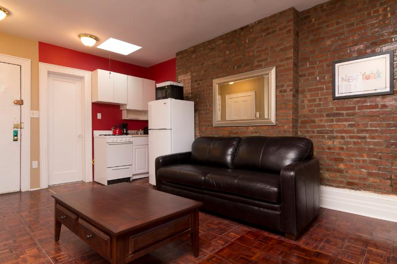 Living Room with sleep sofa - Sleeps 4! 1 Bed/1 Bath Apartment, Upper West Side, Awesome! (8287) - New York City - rentals