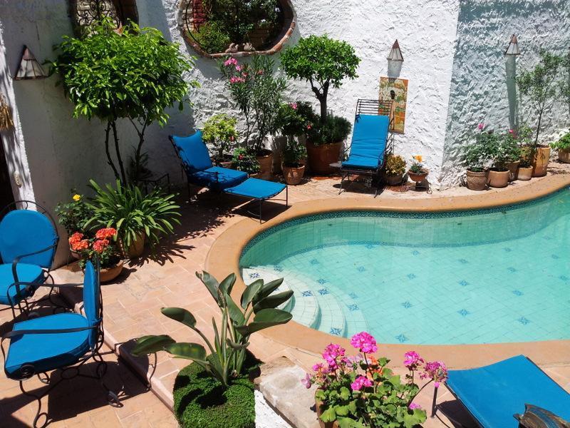 Relax in our charming poolside garden - Casa Joanna - San Miguel de Allende - rentals