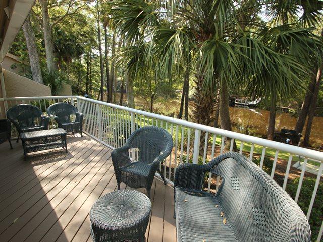 Back deck - Captain's Cove, 497 - Hilton Head - rentals