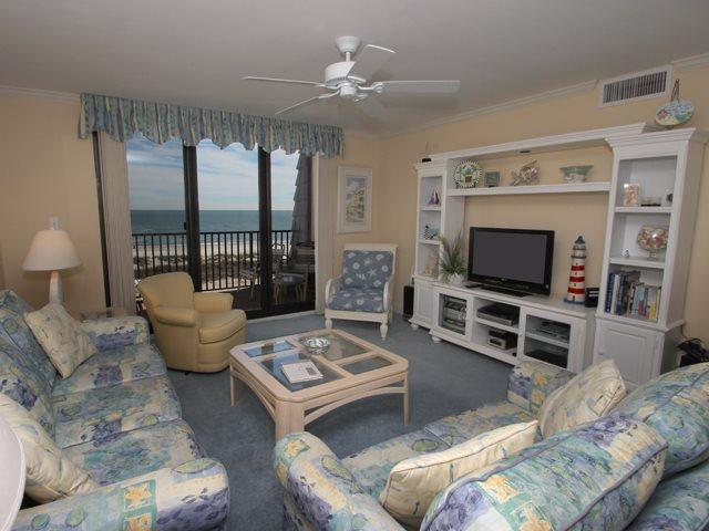 Living area 2 - Island Club, 5503 - Hilton Head - rentals