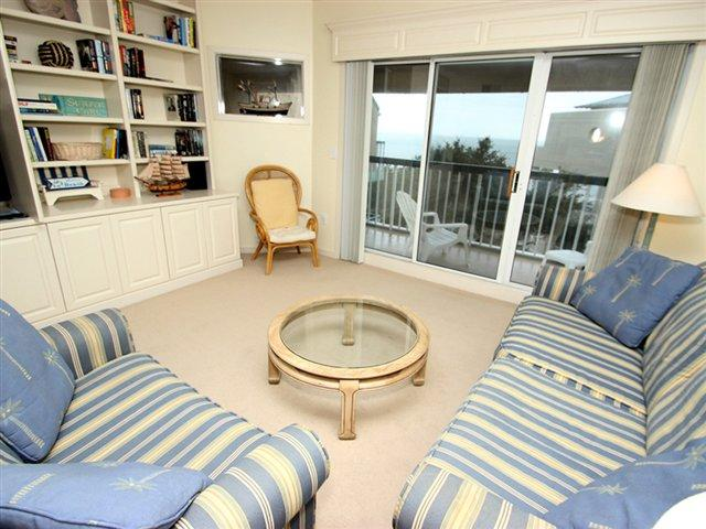 Living area 3 - Barrington Court, 517 - Hilton Head - rentals