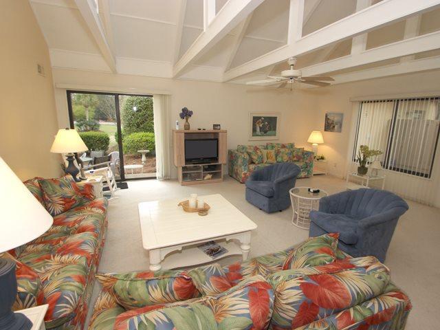 Living area - Queens Grant, 768 - Hilton Head - rentals
