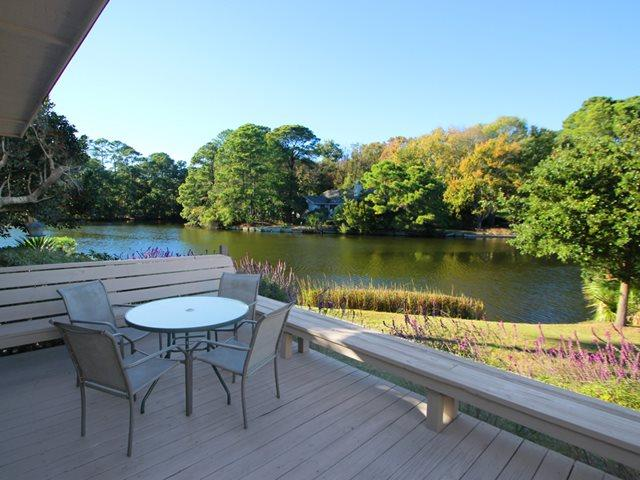 Back deck overlooking lagoon - Queens Grant, 780 - Hilton Head - rentals