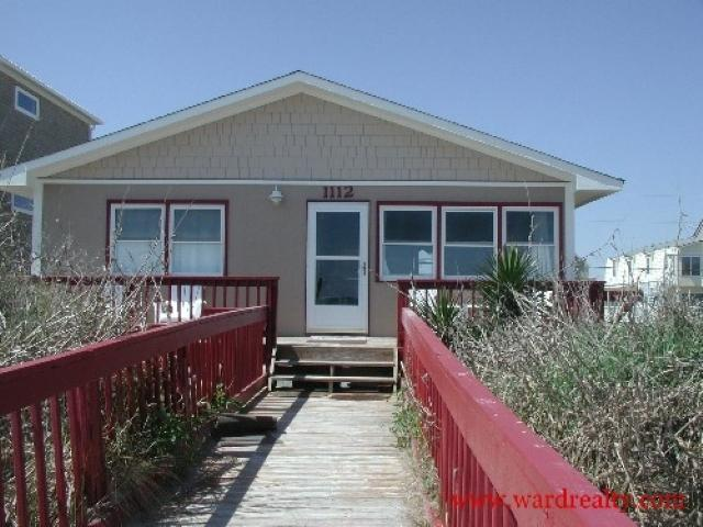 Oceanfront Exterior - A Pirate and His Mermaid - Surf City - rentals