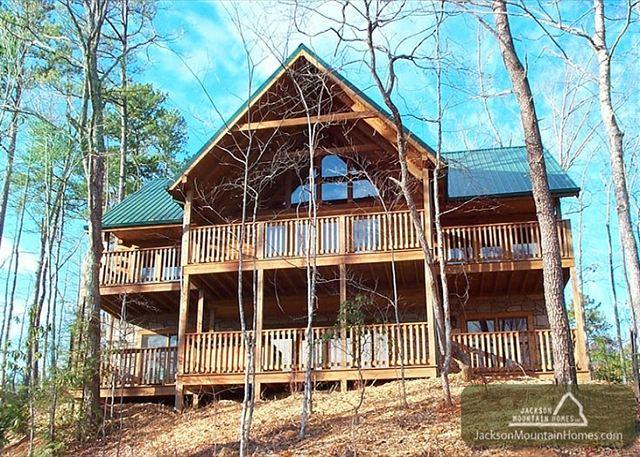 Above the Clouds   Pool Access Private View Hot Tub Gaming Free Nights - Image 1 - Gatlinburg - rentals