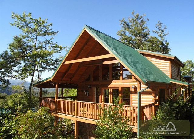 Enchanted View Lodge  Great Views Pool Access Hot Tub WiFi Free Nights - Image 1 - Gatlinburg - rentals