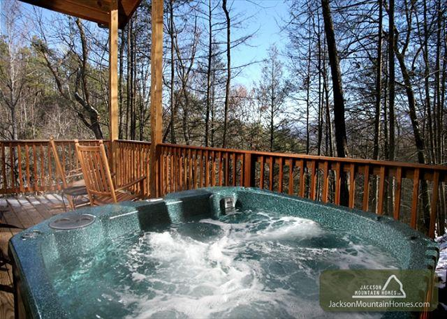 Great Expectations  Pets Pool Table 2 Hot Tubs Pool Access Free Nights - Image 1 - Gatlinburg - rentals