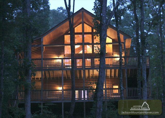 Our Mountain Getaway  Gaming Hot Tub View 2 Jacuzzis WiFi  Free Nights - Image 1 - Gatlinburg - rentals