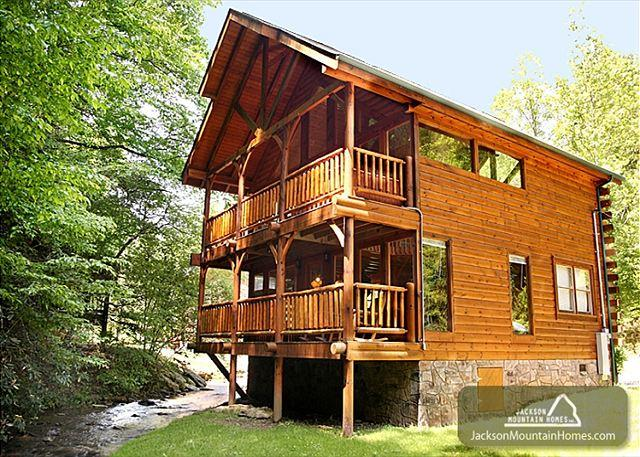 Sparkling Waters   Hot Tub  Gaming  On The Creek  Jacuzzi  Free Nights - Image 1 - Gatlinburg - rentals