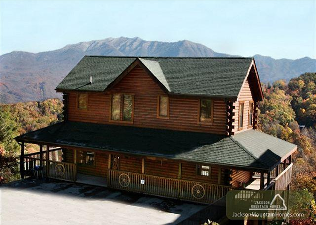 Starry Nights Lodge   Views Near Ober Hot Tub Gaming Pets  Free Nights - Image 1 - Gatlinburg - rentals