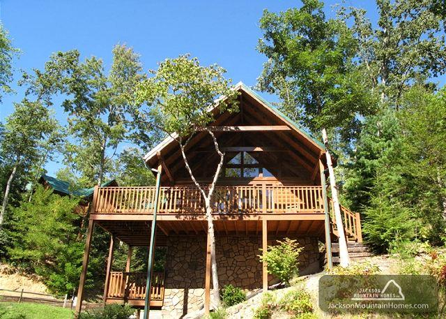 Trail's End   Hot Tub Pool Table Mtn View Pool Access WiFi Free Nights - Image 1 - Gatlinburg - rentals