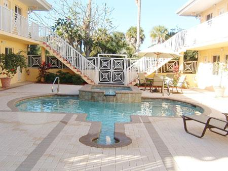 Pool - Kensington Gardens - Naples - rentals