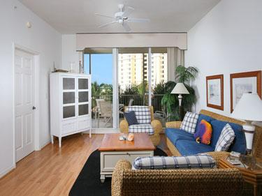 Living Room - The Regatta 4-404 - Naples - rentals