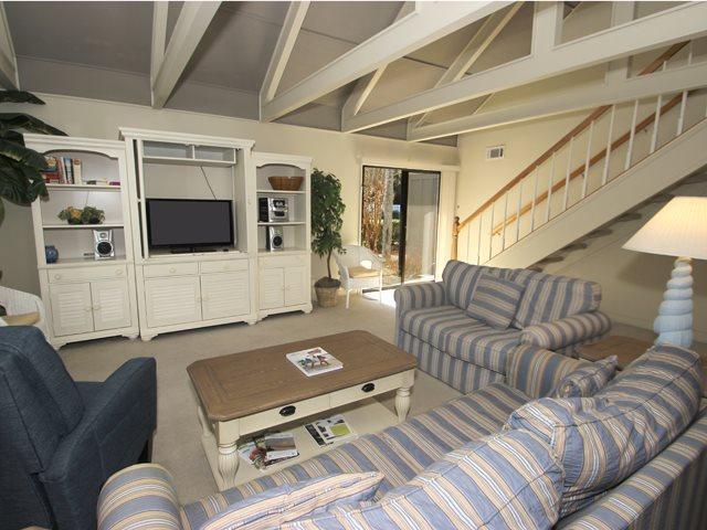 Living area 3 - Queens Grant, 600 - Hilton Head - rentals