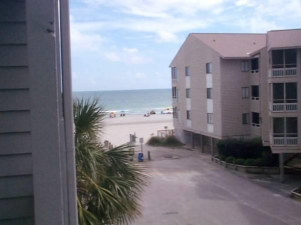 Pelican's Landing 3 Bedroom Condo with a Grill, Located on Shore Drive - Image 1 - Myrtle Beach - rentals