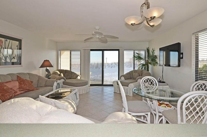 Tiki Beach Condominium #13 - Image 1 - Fort Walton Beach - rentals