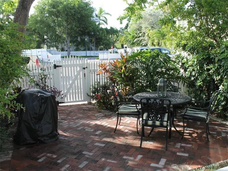 Lavender Jungle - Image 1 - Key West - rentals