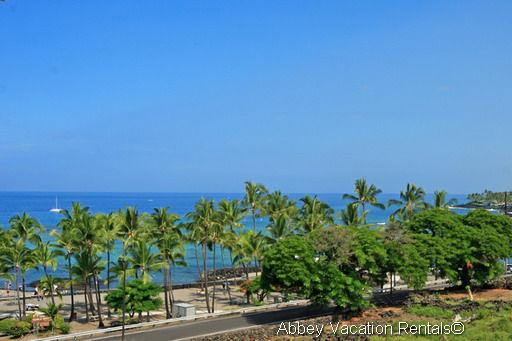 Lovely Condo with 1 Bedroom-2 Bathroom in Kailua-Kona (K2-KBVPH-302) - Image 1 - Kailua-Kona - rentals