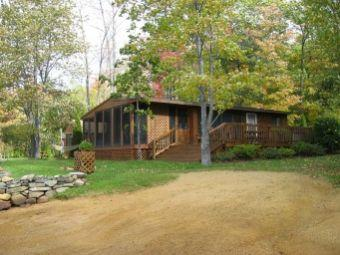 Fabulous 2 Bedroom & 1 Bathroom House in Gilmanton (394) - Image 1 - Gilmanton - rentals