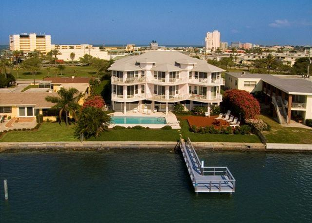 Condominium complex located directly on the IntraCoastal waterway in Treasure Island - Amadeus #10 - Treasure Island - rentals