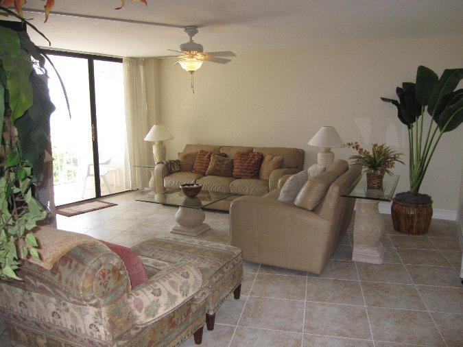 Living Room - SST3-1004 - South Seas Tower - Marco Island - rentals