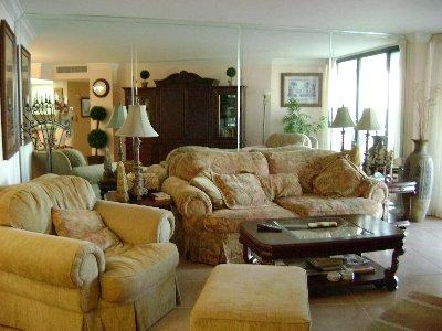 Living Room - SST3-1207 - South Seas Tower - Marco Island - rentals