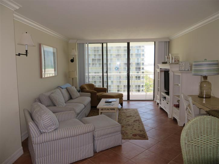 Living Room - SST4-1009 - South Seas Tower - Marco Island - rentals