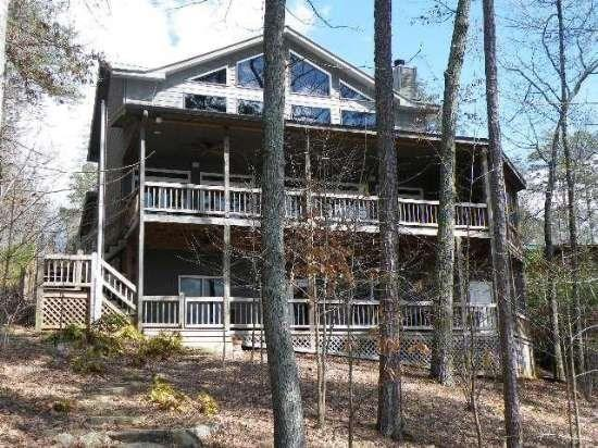 OVERLAKE COTTAGE*4 BR~3.5 BA~LUXURY COTTAGE~ON LAKE BLUE RIDGE~WIFI~LONG RANGE MOUNTAIN VIEWS~PRIVATE DOCK~HOT TUB~FIREPLACE~CHARCOAL GRILL~PROFESSIONALLY DECORATED~SLEEPS 8~$325/NIGHT! - Image 1 - Blue Ridge - rentals
