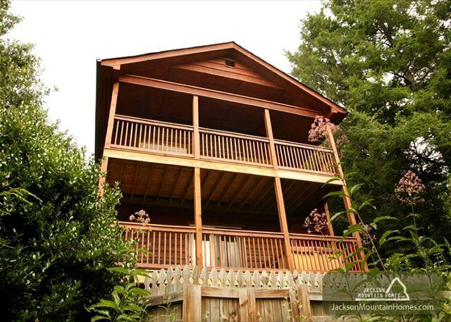 Naughty by Nature   Private Hot Tub Mountain Views WiFi    Free Nights - Image 1 - Gatlinburg - rentals
