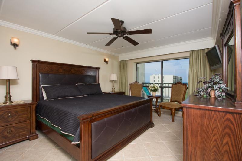 Master Bedroom - 2 Bedroom 2 Bathroom Beach Front Gem! - Port Isabel - rentals