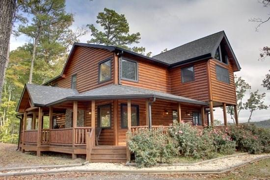 LONESOME DOVE-3BR/3BA-WESTERN THEMED CABIN, MOUNTAIN VIEW, GAS GRILL, WIFI, PAVED ROADS, POOL TABLE, WET BAR, FLAT SCREEN TV`S,  - Image 1 - Blue Ridge - rentals