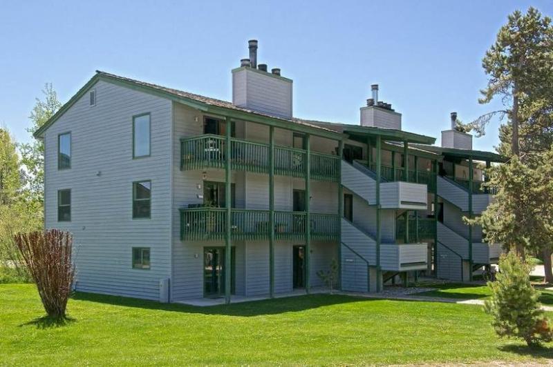 2br/1ba Spruces #8 - Image 1 - Wilson - rentals